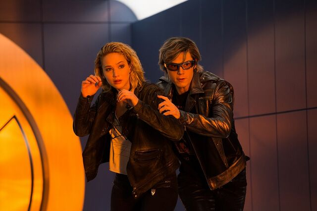 File:Jennifer-Lawrence-and-Evan-Peters-in-X-Men-Apocalypse.jpg