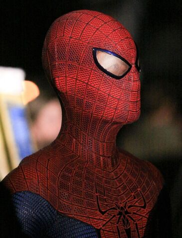 File:Andrew-Garfield-Preview-Pics-from-The-Amazing-Spider-Man-05.jpg