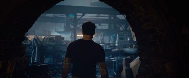 File:Tony Stark AOU 1.jpg