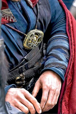 File:Doctor Strange Filming 86.jpg