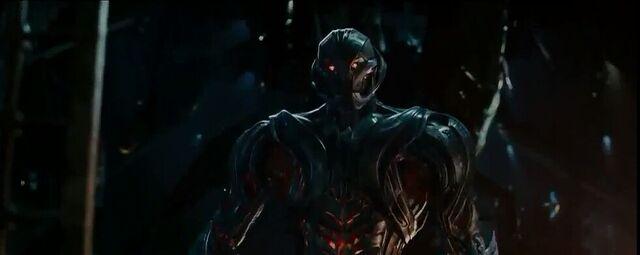 File:Avengers Age of Ultron 160.jpg