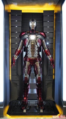 File:Iron Man Armor (Mark V).jpg