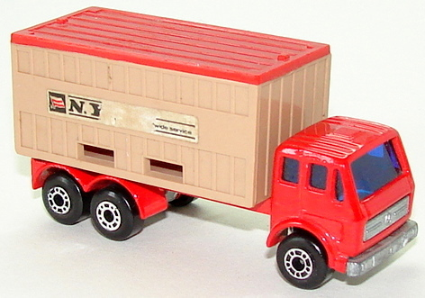 File:7642 Mercedes Container Truck.JPG