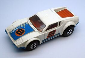 MATCHBOX-LESNEY SUPERFAST -8 DE TOMASO PANTERA 1975 ENGLAND (2)