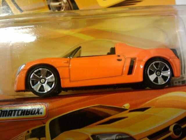File:Superfast Opel Speedster.jpg