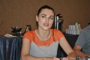 Katie McGrath Comic Con 2012-5