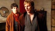 Episode-2-Valiant-arthur-and-merlin-6653994-400-224