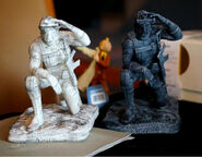 Kojima-Paris-Gift-Ground-Zeroes-Statues-Close