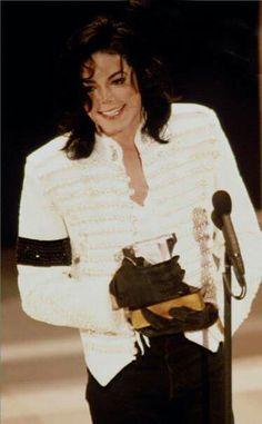 File:MJ-Grammy-Legend-4.jpg