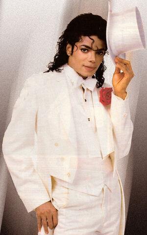 File:Michael in tuxedo.jpg