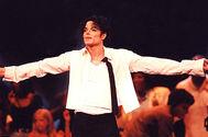 Michael-jackson-performance-1995-billboard-650