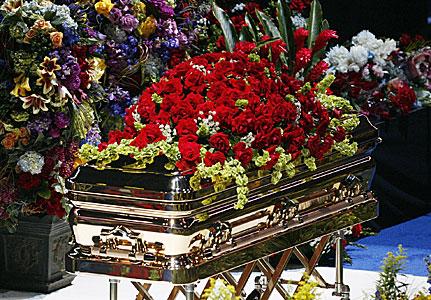 File:Jackson-memorial-casket-flo.jpg