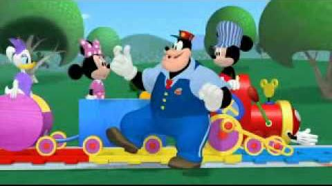 Video mickey mouse choo choo express for Disney mickey mouse motorized choo choo train with tracks