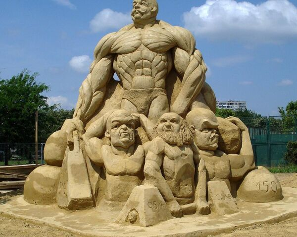 File:Sand Sculptures.jpg