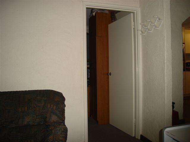 File:BacktonDowntown-InternetCafe.jpg