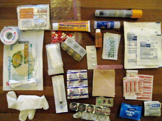 File:First aid box.jpg