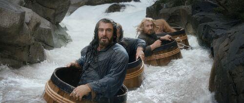 DesolationofSmaug-dwarves barrels