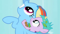 Rainbow Dash rescues Aura S2E8