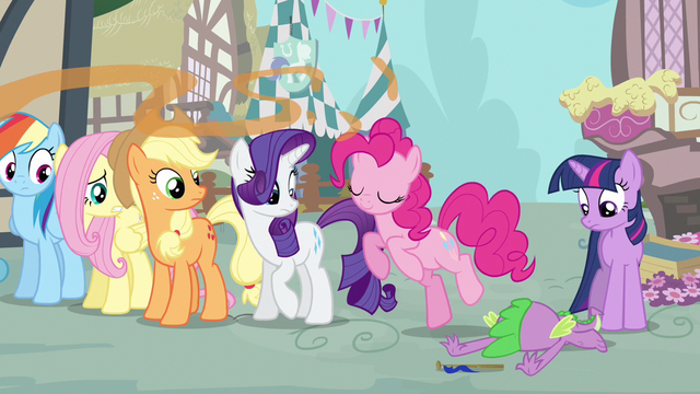 File:Rarity you okay Spike S3E4.png