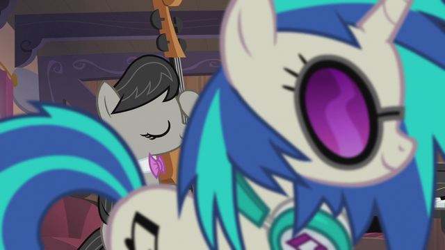 File:DJ Pon-3 crosses in front of Octavia S5E9.png