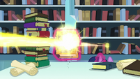 Flurry Heart's magic beam goes through the Trotter's Tome of Reliquary S6E2