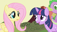 Twilight interrupts the conversation S1E01