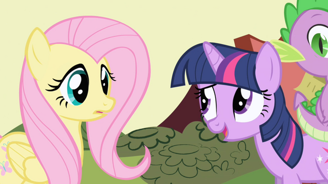 File:Twilight interrupts the conversation S1E01.png