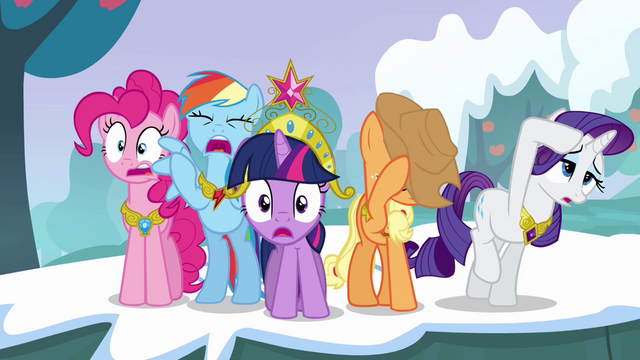 File:Twilight and her friends can't believe what they're seeing S03E10.png