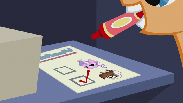 File:Colt votes for Pipsqueak S5E18.png