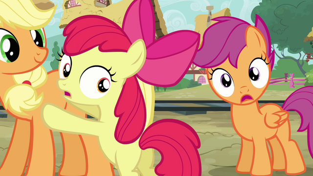 File:Apple Bloom and Scootaloo worried S03E11.png