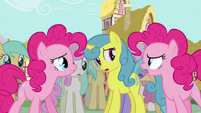 Pinkie Pie clone claiming herself to be the real Pinkie Pie S3E03