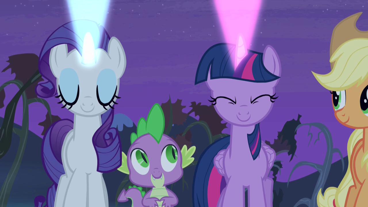 Plik S04e07 Rarity I Twilight Ujawniają Swoje Sygnały Png