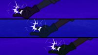 RD, Pinkie, and AJ snap their fingers EG3