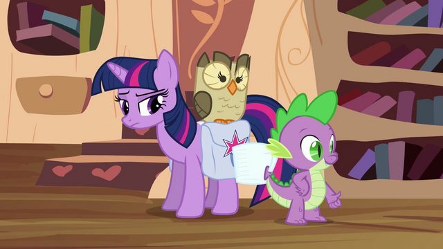 File:Twilight is doubtful about Spike S03E11.png