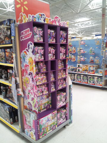 File:Other side of Butler, PA Wal Mart toy display shelves.jpg
