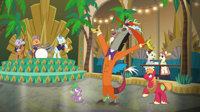 File:Discord, Spike, and Mac appear on the dance floor S6E17.png