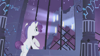 "Rarity ""look!"" S1E2"