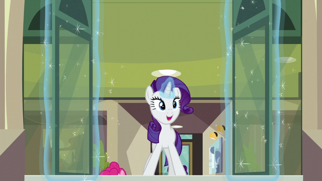 File:Rarity opens the door S6E3.png