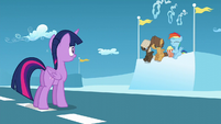 Twilight looks at Rainbow, Dumb-Bell, and Hoops S5E26