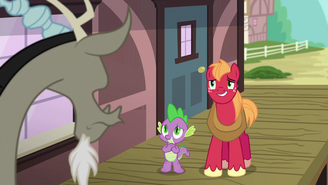 File:Spike and Big Mac smile nervously at Discord S6E17.png