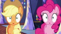 Applejack and Pinkie Pie blinking S6E21