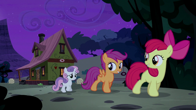 File:CMC sneak away from Appleloosa S5E6.png