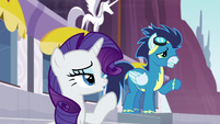 Rarity shushes Soarin S5E15