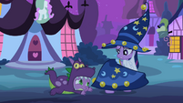 Twilight pulling cape away from Spike S2E04