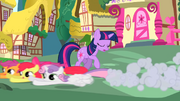 The Cutie Mark Crusaders running past Twilight S01E17.png