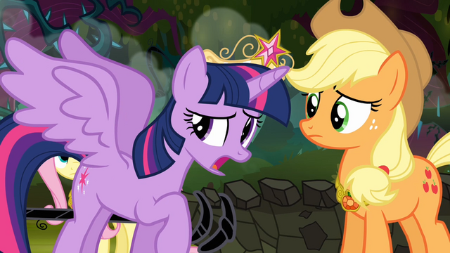 File:Twilight 'I just can't seem to get these new wings...' S4E02.png