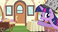 Twilight with the other ruined desserts S2E24