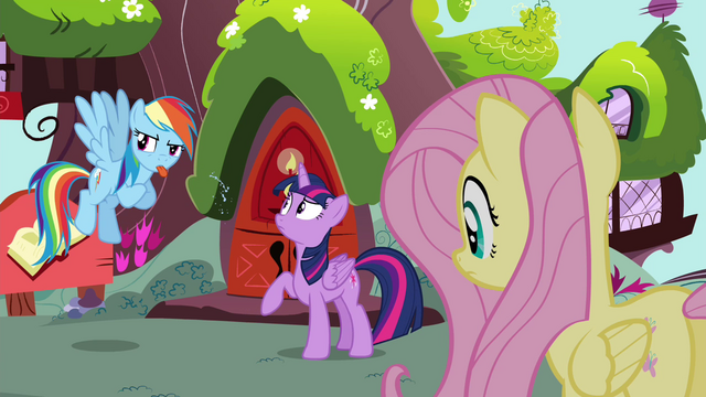 File:Rainbow blowing raspberry S4E21.png
