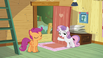 "Sweetie Belle ""the clubhouse is for Crusaders only"" S5E4"