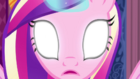 Cadance with glowing eye S4E26